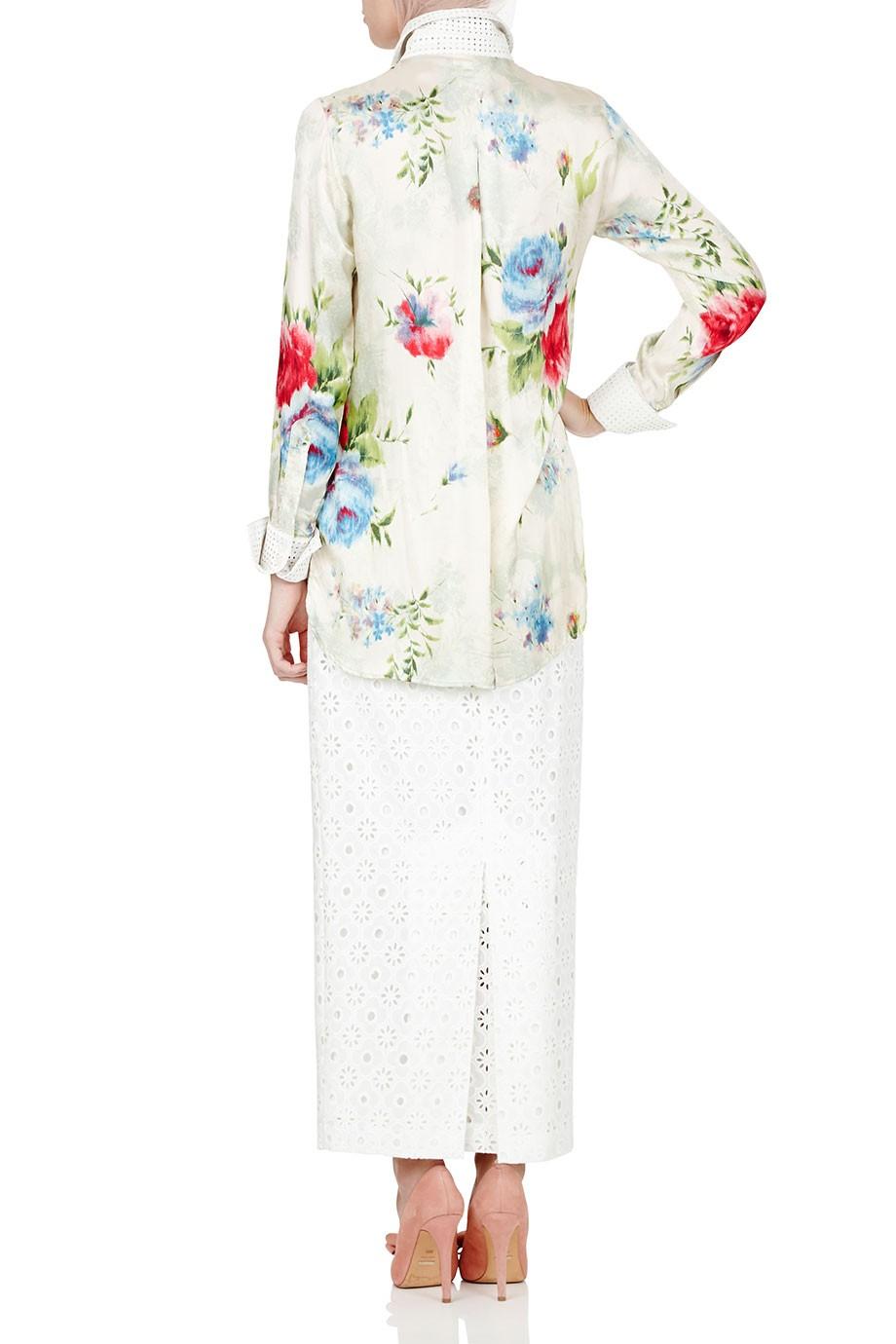 Diana-Kotb-Game-Maker-Shirt-Floral-Ruins-Skit-02