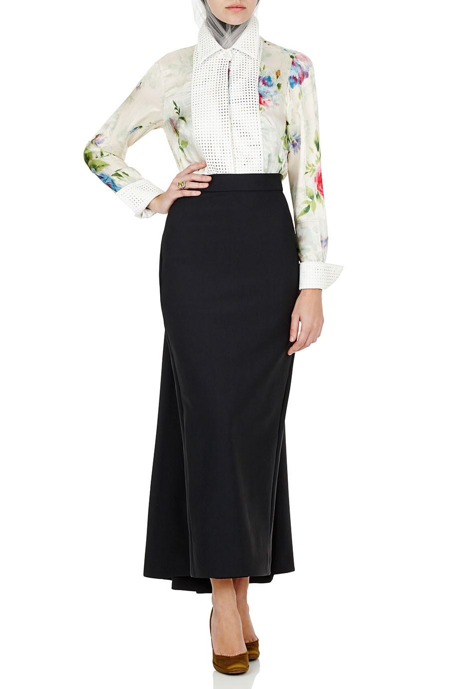 Diana-Kotb-Time-Piece-Skirt-Gamne-Maker-Shirt-01