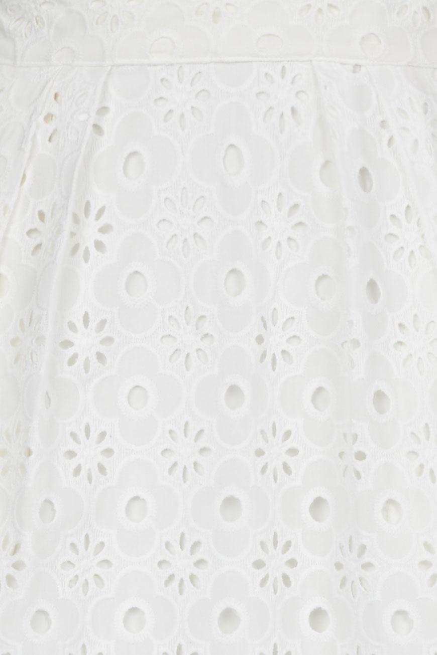ruins-lace-detail