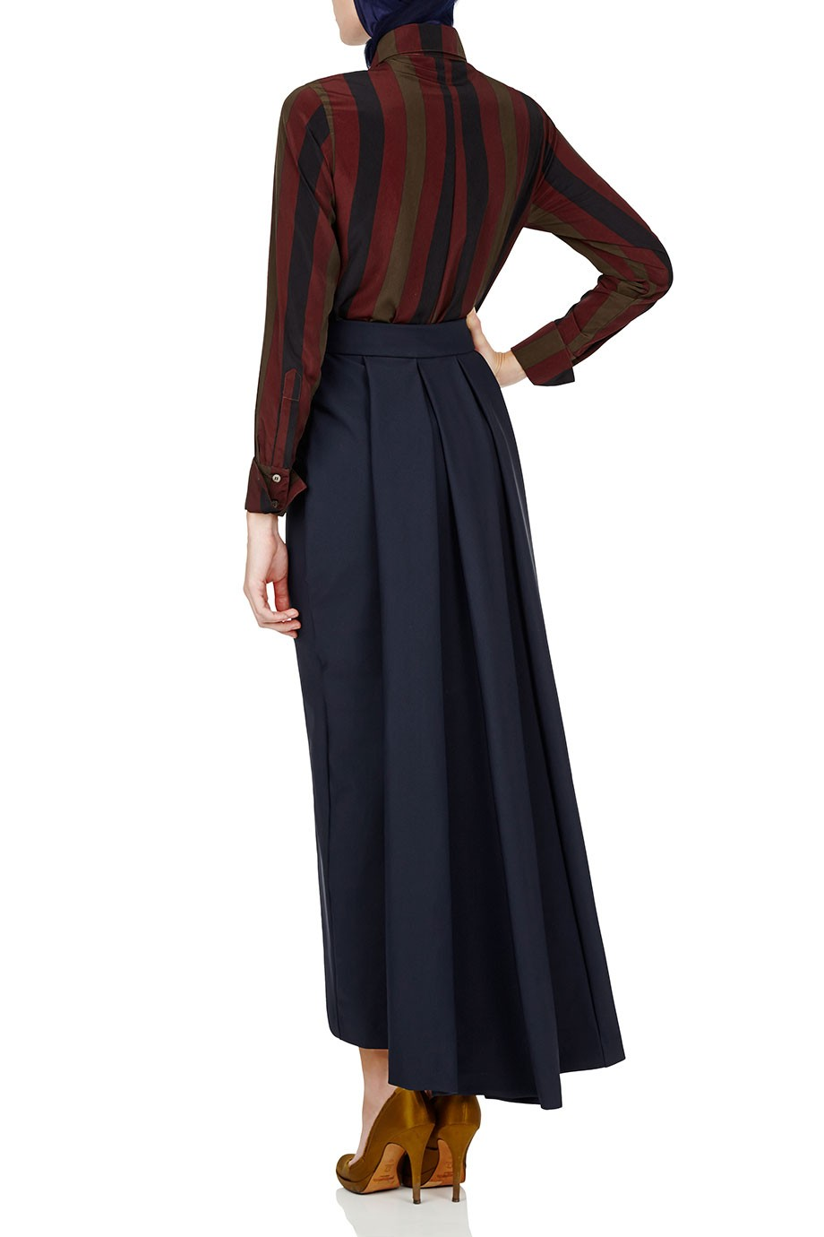 Diana-Kotb-Game-Maker-Shirt-Time-Piece-Skirt-Navy-02